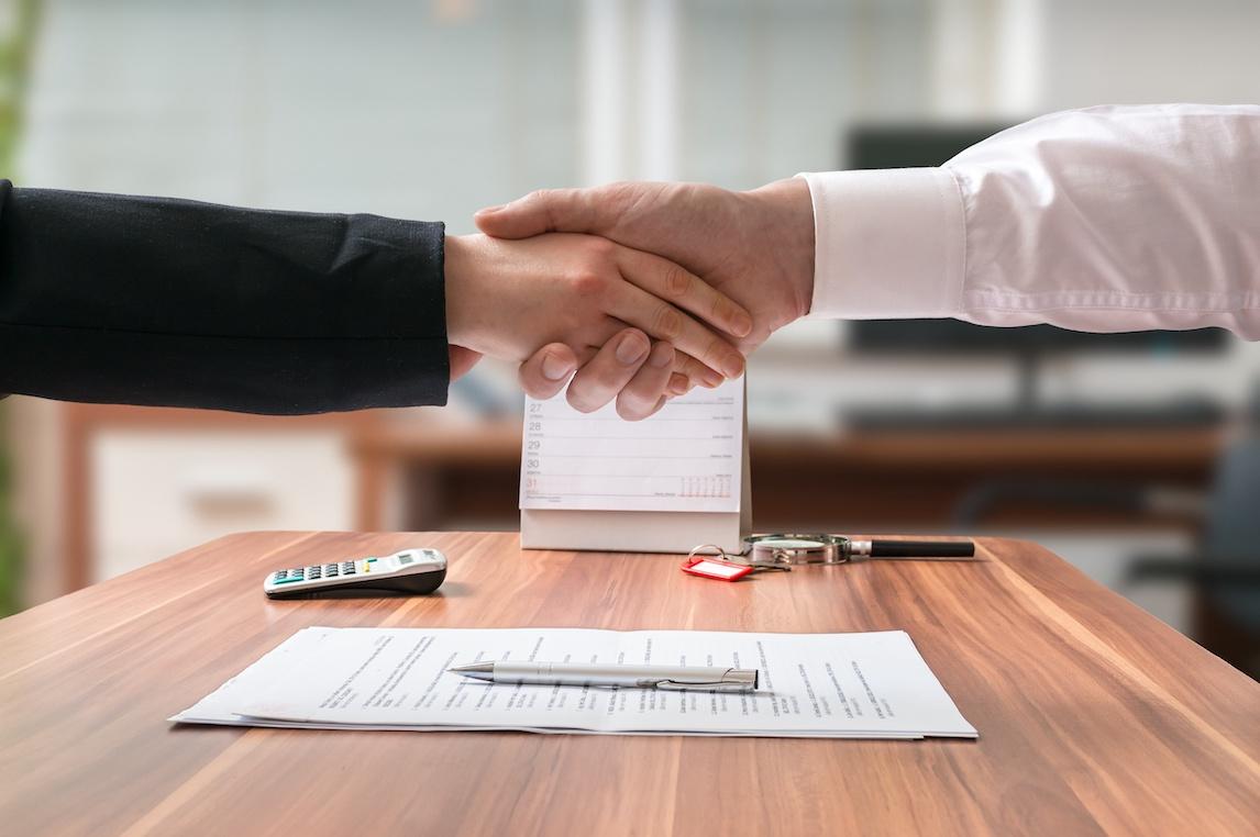 Umowa przeniesienia własności domu